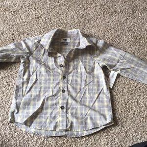 Old navy boys button down dress shirt. NWT